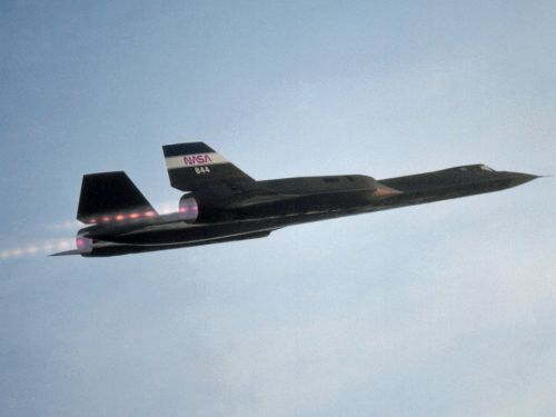 An SR-71 pilot describes what it's like to fly the legendary Blackbird at Mach 3: 'You don't have any sensation of speed'