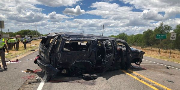 5 people died when an SUV smuggling migrants across the border crashed in a high-speed chase with police