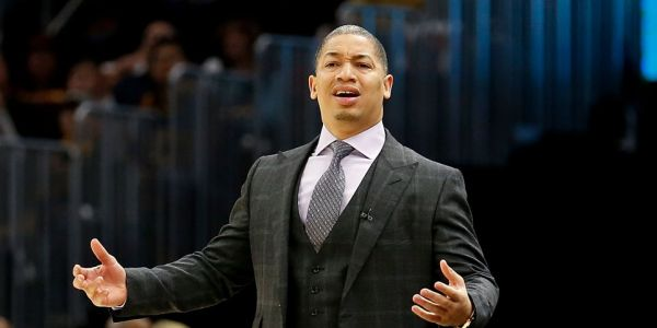 Cavaliers head coach Tyronn Lue shocked to learn how old Kyle Korver is after the veteran's big game