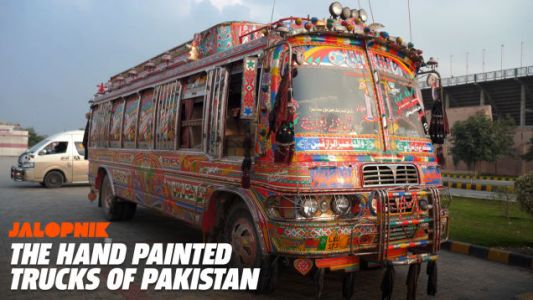 These Magnificent Work Trucks Are a Cornerstone of Pakistani Car Culture