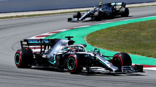 The Mercedes F1 Team Figured Out How to Hack Its Steering Into an Aerodynamic Aid