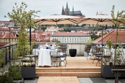 Two Summer Pop-UP Restaurants To Open at Four Seasons Hotel Prague