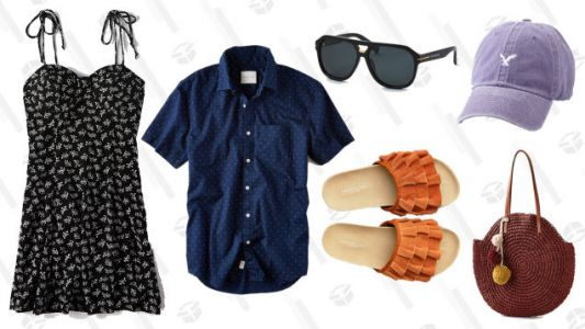 Fly Over to American Eagle, Where Clearance Items Are Up to 70% Off