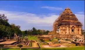 COVID-19 deprives livelihood from Konark Temple tourism workers