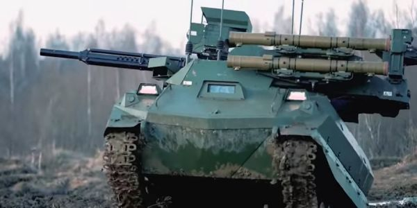 Russia says it has deployed its Uran-9 robotic tank to Syria - here's what it can do