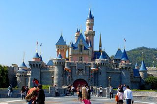 Hong Kong Disneyland Takes Loss Despite Record Revenue