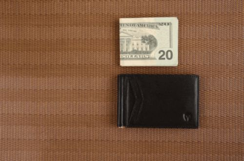 Out With the Cash Pocket, In With the Money Clip: This Thin Wallet Is Just $21 For Our Readers