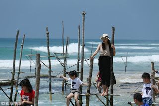 Globe-trotting Chinese embrace more far-flung destinations