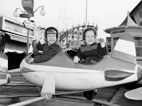 40 vintage photos of amusement parks that show how glamorous they used to be