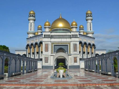 Inside the surreal capital city of Brunei, a tiny nation of unimaginable wealth where oil money pays for everything and half the population lives in a floating 'water village'