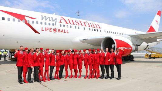 Life Ball Aircraft Lands in Vienna: Austrian Airlines Brings Prominent Supporters to Vienna