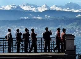 Switzerland plans to attract a million Indian tourists by 2020