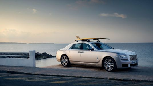 Someone Actually Commissioned a Surfboard With a 24-Karat Gold Trim to Pair With Their Rolls-Royce