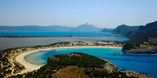 Beaches, Food, Spas and More: 9 Must-Do's in Costa Navarino