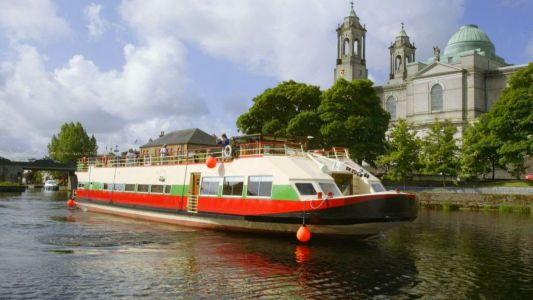 European Waterways' Unique Irish Cruise is Buoyed by Ireland's Record-Breaking Tourism Numbers