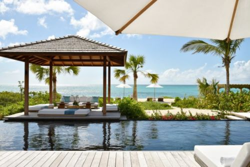A Luxury Weekend Guide to Turks & Caicos