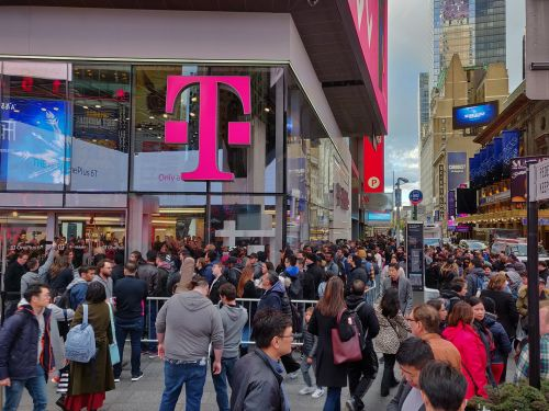 T-Mobile just told some customers that there was a data breach of their personal information. Here's how to check if you're affected