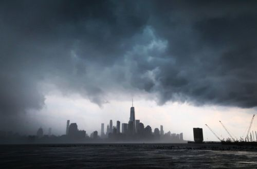 New York City's extreme heat created this stormy, apocalyptic cloudscape