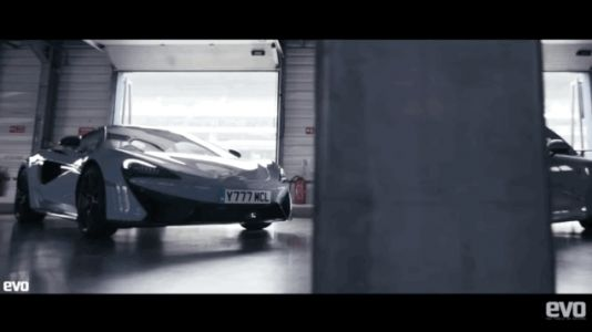 Watch the Porsche 911 GT3 Pinch the More Powerful and More Expensive McLaren 570S