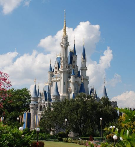 Walt Disney World stops selling new passes to visitors