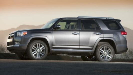 Woman Steals Her Toyota 4Runner Back After Stalking Thieves for Two Days