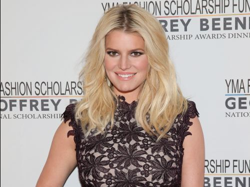 Jessica Simpson's workout routine is surprisingly simple - here's how she stays in killer shape