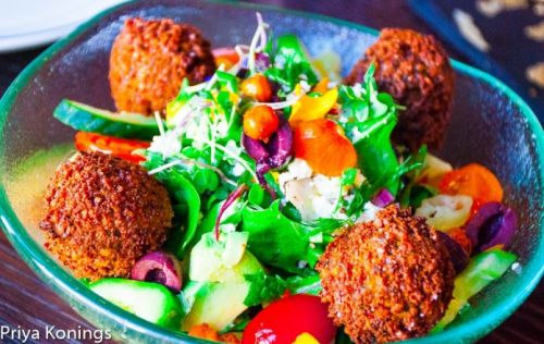 Dining Trends: Where to Find Mediterranean Food in DC