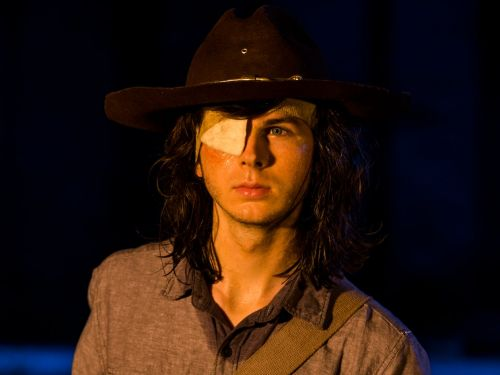 Chandler Riggs' dad calls out former 'Walking Dead' showrunner for being 'dishonest' before firing his son