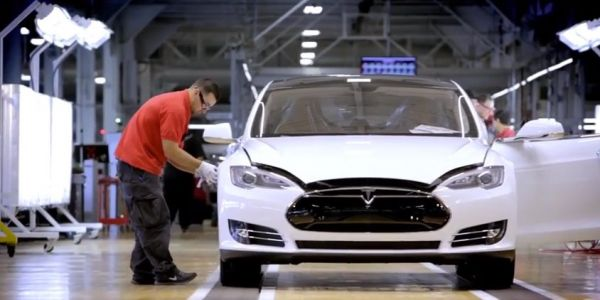 Wall Street analysts tore down a Tesla Model 3 and found 'significant fit & finish issues'