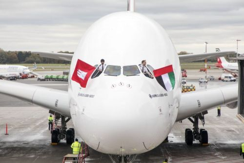 Emirates Airbus A380 touches down in Hamburg