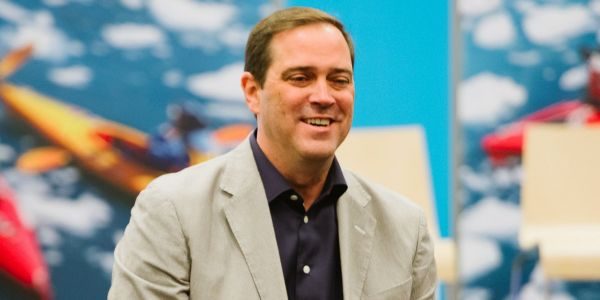 Cisco is buying an Intel-backed startup that uses WiFi to track people as they move around malls and airports