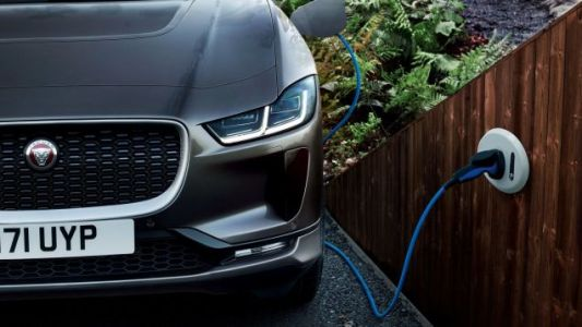 Why We Don't Have Crazy Good Five-Minute-Charging Batteries For Electric Cars Yet