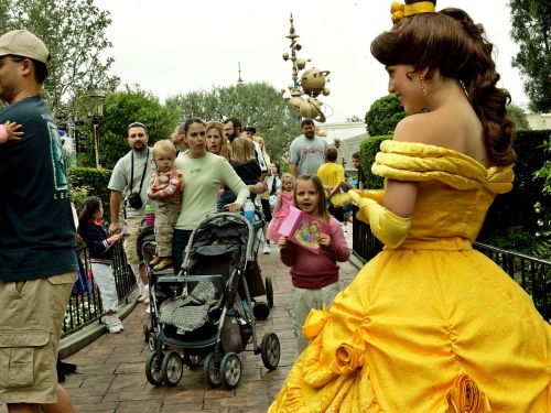 23 facts about Disneyland even die-hard park fans don't know