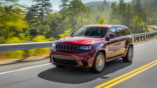 2018 Jeep Grand Cherokee Trackhawk, SRT Recalled for Floor Mats That Could Trap the Gas Pedal