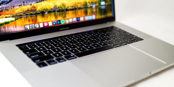 Apple fans are raging that the new MacBook Pro has an unreliable keyboard - so I wrote this article with one to show you how bad it can be