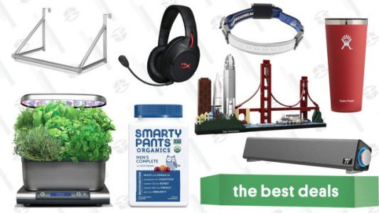 Thursday's Best Deals: Hydro Flask, Hanging Rack, HyperX Headset, and More