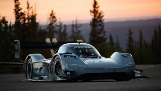 The Pikes Peak International Hill Climb Is The No-Nonsense Racing We Deserve
