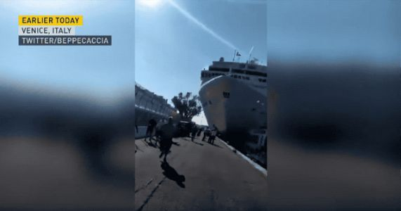 Watch a Massive Cruise Ship Wipe Out a Venice Dock