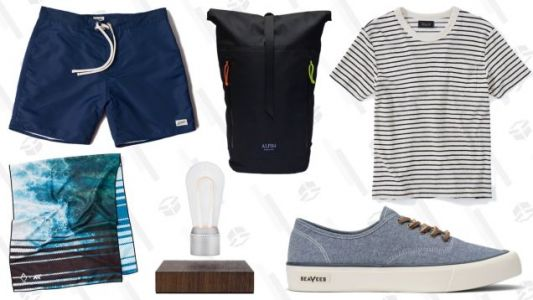 Explore a Bunch of Rarely Discounted Brands In Huckberry's Annual Summer Clearance