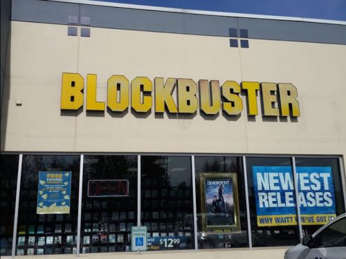 Alaska is closing the last of its Blockbuster stores. Here's what it was like to visit the last frontier of the video-rental chain before it went extinct