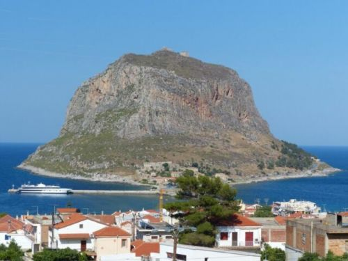Daily Dose of Europe:Greece's Underrated Peloponnese Peninsula