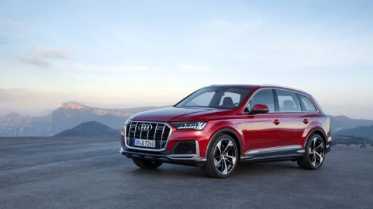 The 2020 Audi Q7's Grille Is Aggressive But the Real Changes Are in the Interior