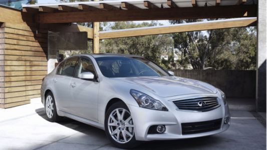The Best Luxury Sport Sedan Deal Under $20,000 is the One You Probably Forgot About