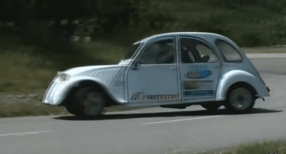 This GSXR-powered 2CV Is Just The Kind Of Bonkers We Need Right Now