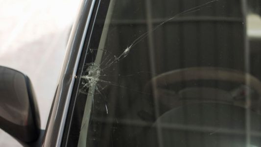 Apple Files Patent To Make You Replace That Cracked Windshield Already