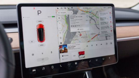 Cop Pulls Tesla Model 3 Driver Over For 'Computer' Mounted On Dashboard