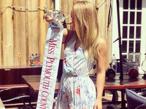 A Miss Massachusetts contestant turned in her crown after the pageant seemed to mock the MeToo movement
