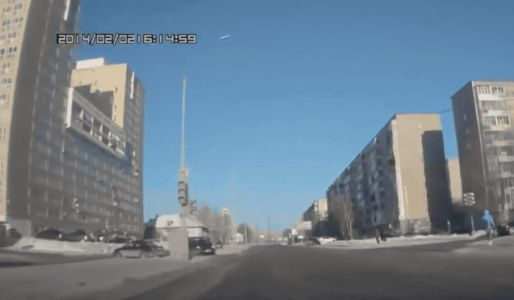 Just When You Think Russian Dashcams Can't Get Any Better, Someone Adds a NASCAR Spotter