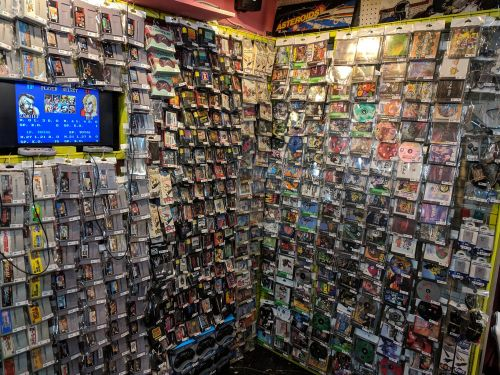 I went to Seattle's retro-gaming paradise, and it blew away my expectations - see what it's like to visit the legendary 'Pink Gorilla'