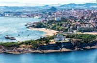Santander Cruise Deluxe sponsors International Cruise Summit
